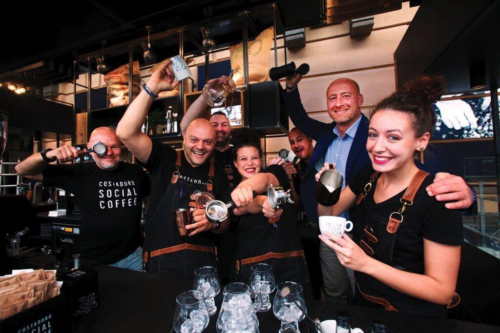 Lo Staff del Costadoro Social Coffee Factory a Torino